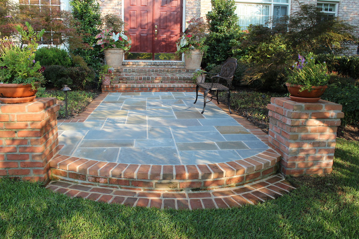 Patio walk designs revolutionary gardens for Flagstone designs