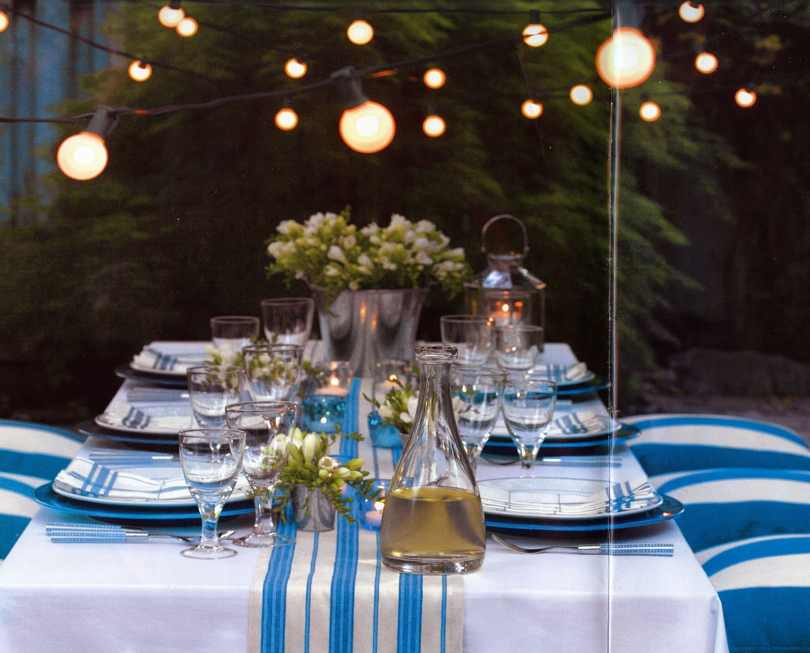 7 quick ideas for outdoor decorating guest post for Patio table centerpiece ideas