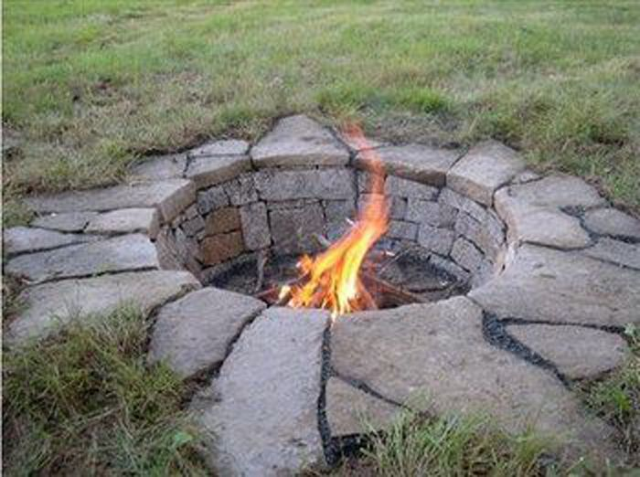 firepits and more 7 ways to bring fire to your backyard revolutionary gardens. Black Bedroom Furniture Sets. Home Design Ideas