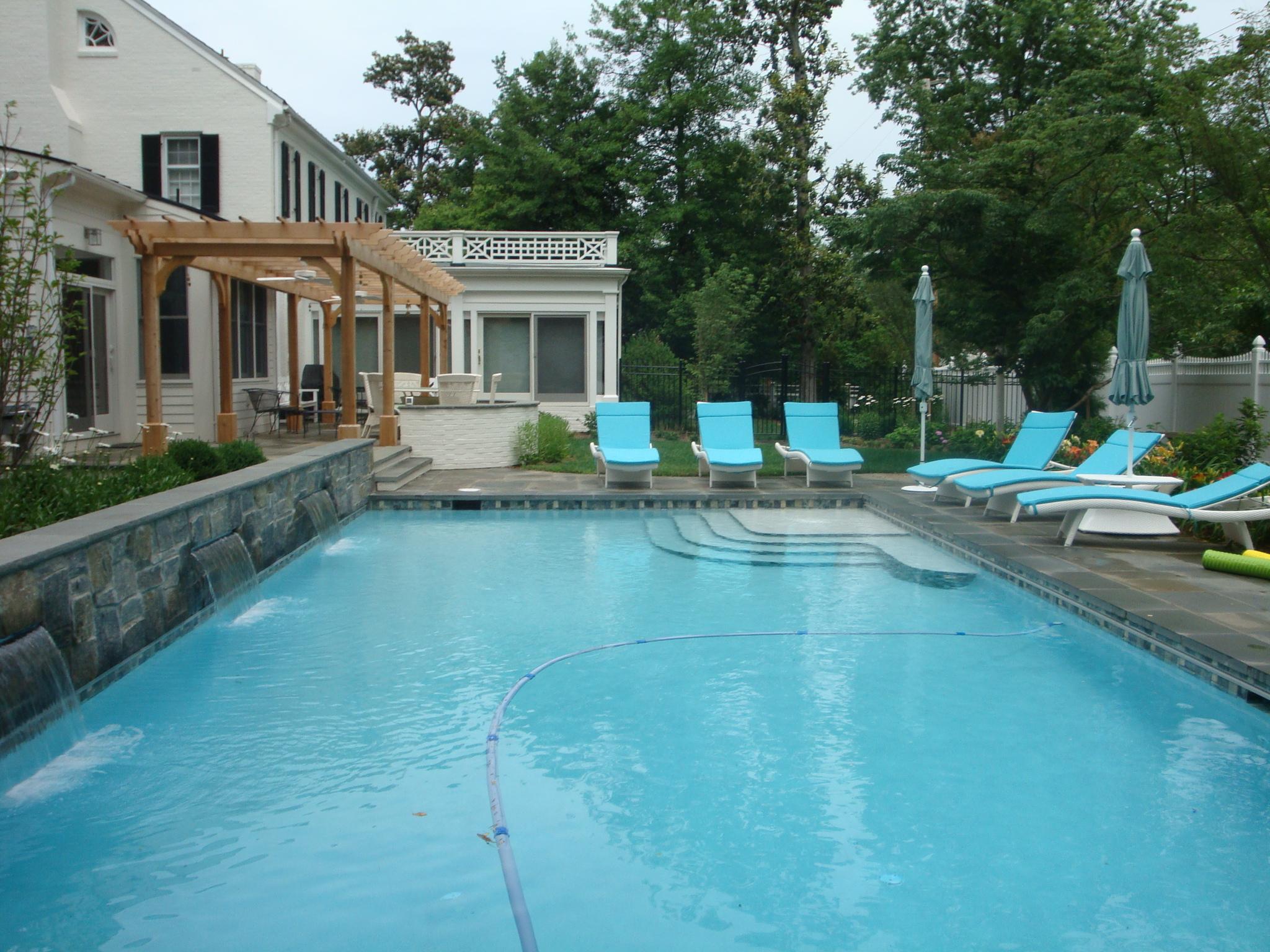 Fredericksburg Pool, Patio & Pergola Design - Revolutionary Gardens