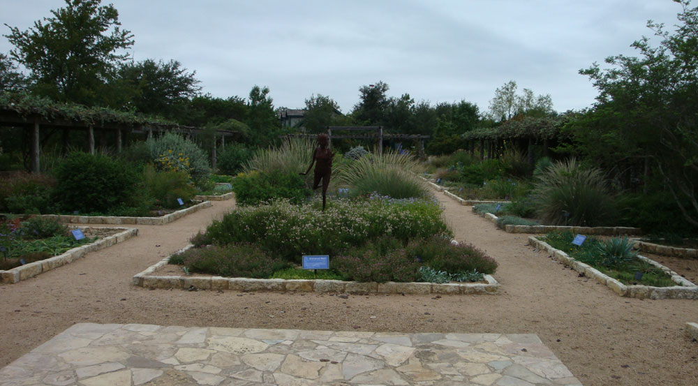 How To Build A Gravel Path The Right Way Revolutionary Gardens